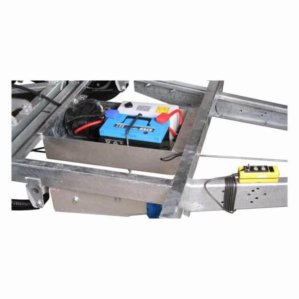 Variant 3015 MT nærbillede af batteri, hydraulik og fjernbetjening